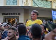 Jair Bolsonaro, le candidat d'extrême droite à la présidentielle au Brésil, poignardé en plein bain de