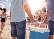 Ολα όσα θα χρειαστείτε για ένα αξέχαστο πικνίκ στην παραλία με