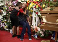 Cientos de personas arropan al viudo de El Paso que temía quedarse solo en el