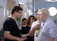El padre de una niña enferma se encara a Johnson por el estado de la