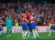 El Granada, líder de la Liga tras ganar a un Barça decepcionante