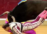El banderillero Mariano de la Viña sufre una gravísima cornada en