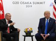 Trump pide a Erdogan en una carta que no sea ni un tipo duro ni un