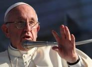 El papa dice que los políticos que se enfurecen contra los homosexuales, los judíos y los gitanos le recuerdan a
