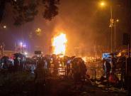 La Policía de Hong Kong detiene a 40 personas tras irrumpir en la Universidad Politécnica y amenaza con usar