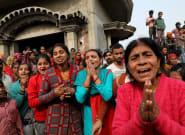 Un grupo de hombres quema viva a una mujer de 23 años en la India cuando iba a declarar en el juicio por su