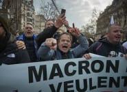 El Gobierno francés presenta su proyecto para reformar las pensiones mientras continúan los paros en el