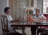 «Το ταπεράκι μην ξεχάσεις»: Το δεύτερο teaser της ταινίας «Η Μπαλάντα της Τρύπιας