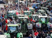El campo continúa su lucha: 700 tractores prevén colapsar Tarragona, Murcia y