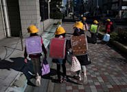 Face au Coronavirus, le Japon ferme ses