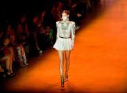 Face au coronavirus, la Fashion Week de Paris