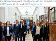 La criticada imagen de Pablo Casado entrando al Congreso: la razón salta a la