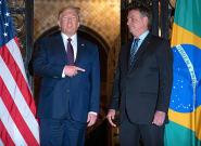 Face au coronavirus au Brésil, Trump interdit les voyageurs venant du
