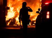 Mineápolis declara la emergencia por los disturbios derivados de la muerte de un hombre negro a manos de la
