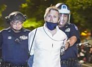 Arrêté par la police de New York en pleine révolte :