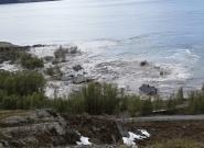 Un deslizamiento de tierra provoca el hundimiento de varias casas en
