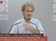 Fernando Simón corrige muy serio a una periodista: