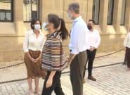 Revuelo en Twitter por lo que hace Letizia a Felipe en este vídeo: se ve a simple