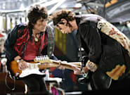 «Somebody Up There Likes Me»: Η ζωή του μπασίστα των Rolling Stones, Ρον Γουντ, σε