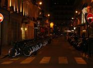 Francia extiende el toque de queda nocturno a 46 millones de habitantes desde este