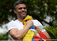 El opositor Leopoldo López abandona la embajada de España en Venezuela y cruza clandestinamente la frontera hacia