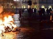 Estallan protestas en Turín por las restricciones impuestas contra el
