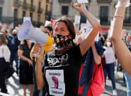 La hostelería protesta en Barcelona contra el cierre de sus negocios durante 15