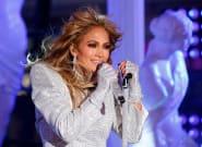 Jennifer Lopez deja planchado a un seguidor que la acusa de operarse: