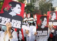 Le procès d'Aung San Suu Kyi s'est ouvert en Birmanie après une répression
