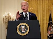 Biden annonce garder le seuil d'immigration fixé par Trump, puis se