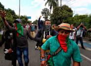 El caos en Colombia se agrava con civiles armados disparando a grupos indígenas en