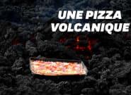 Au Guatemala, on cuit des pizzas sur un