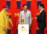 Sacha Baron Cohen Confronts Borat And Ali G In MTV Movie Awards