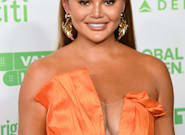 Chrissy Teigen Apologises For Vicious Past Tweets: 'There Is Simply No