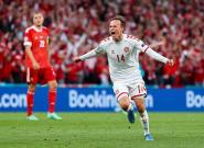 Dinamarca se da un festín en homenaje a Eriksen para meterse en