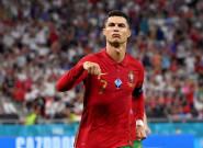 Cristiano Ronaldo mete a Portugal en octavos con dos penaltis y un nuevo récord
