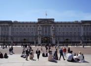 La royauté britannique admet devoir