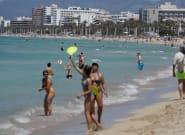 Reino Unido incluye a Baleares como destino turístico seguro, pero no al resto de
