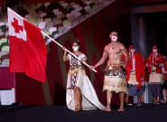 Tonga's Shirtless Flag Bearer Rocks Tokyo Olympics Opening Ceremony, With 1