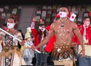 El comentario de Almudena Cid al ver al abanderado de Tonga representa a millones de