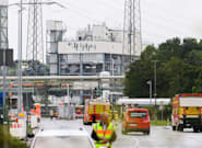 Ascienden a dos los muertos por la explosión en la planta química