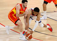 Un jugador español de baloncesto enseña el WC que hay en la Villa Olímpica: no es el de tu