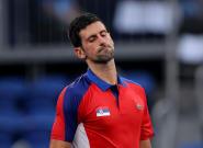Djokovic pierde los nervios en un partido y en Twitter todos le repiten lo