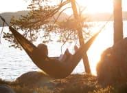 «Θερινοί έρωτες» και ακόμη 10 βιβλία για τις ζεστές μέρες του
