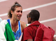 See The Heartwarming Moment 2 Olympians Share A Gold