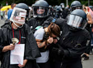 Al menos un muerto y 600 detenidos en las protestas contra las nuevas restricciones en
