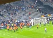Angers-Marseille: Des incidents entre supporters sur la pelouse après le