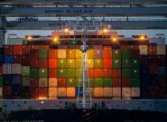O pides tus regalos ya o no llegan: la crisis de los contenedores que amenaza la