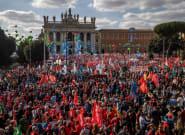 Multitudinaria marcha antifascista en Italia: