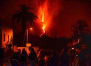Cuatro semanas de humo, lava y devastación por el volcán de La
